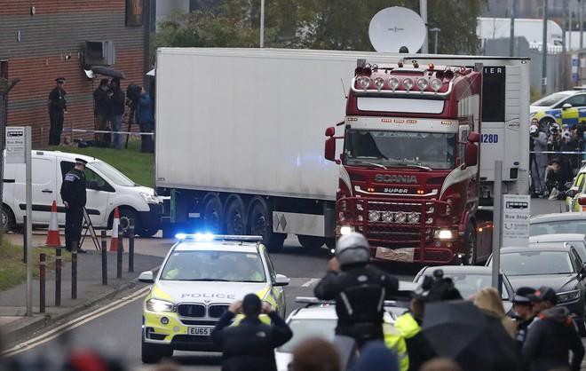 Đại sứ quán Việt Nam thông tin về quá trình hồi hương 39 nạn nhân từ Anh