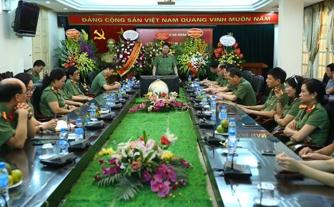 Báo CAND đã phản ánh kịp thời, toàn diện các mặt chiến đấu, công tác của lực lượng CAND