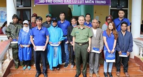 Báo CAND đồng hành cùng TMV Ngọc Dung chia sẻ khó khăn với đồng bào Quảng Trị