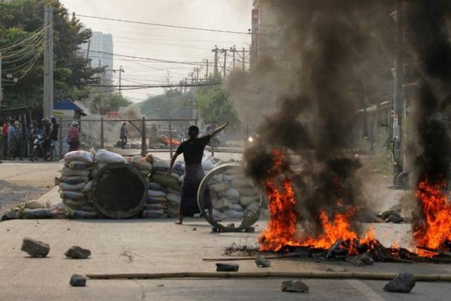 Hơn 80 người biểu tình Myanmar thiệt mạng một ngày