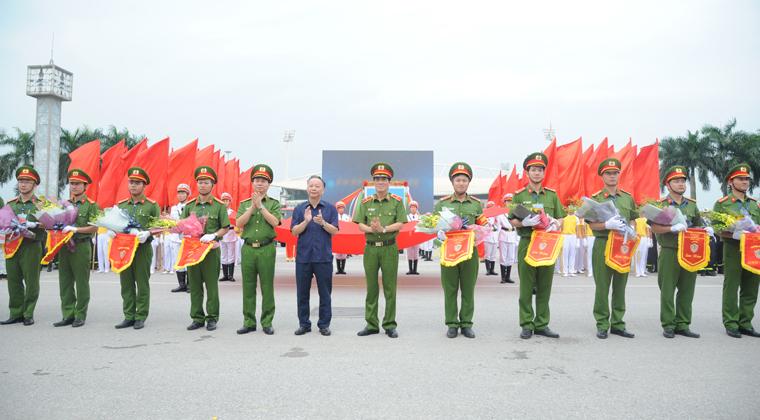 Khai mạc Hội thi thể thao Nghiệp vụ cứu nạn cứu hộ PCCC TP Hà Nội