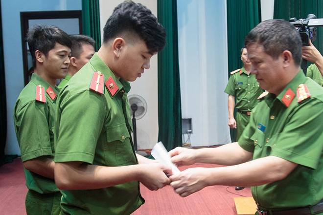 Bế mạc lớp trung cấp chính quy Cảnh sát vũ trang - Ảnh minh hoạ 4