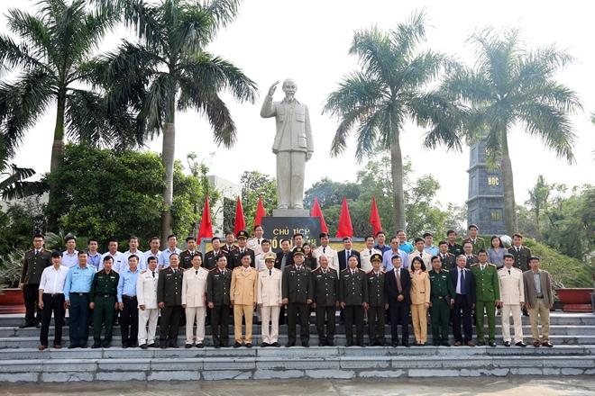 Nhiều hoạt động ý nghĩa nhân kỷ niệm Ngày Nhà giáo Việt Nam - Ảnh minh hoạ 5