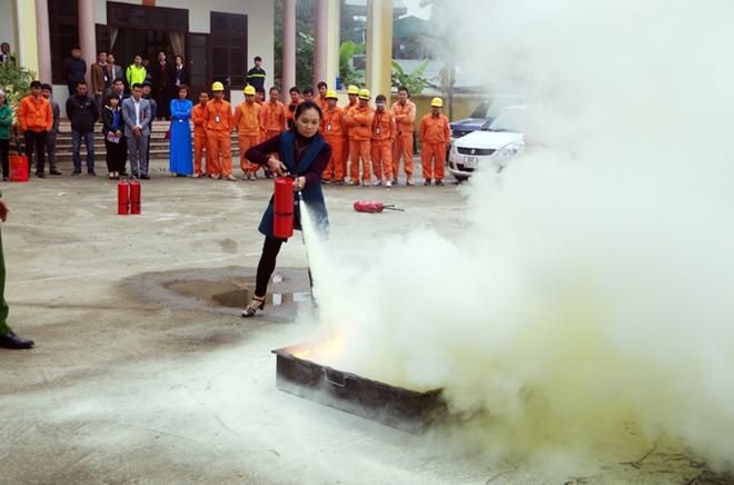 Tuổi trẻ Cảnh sát PCCC TP Hà Nội đẩy mạnh tuyên truyền  phòng, chống cháy nổ dịp Tết Nguyên Đán - Ảnh minh hoạ 3