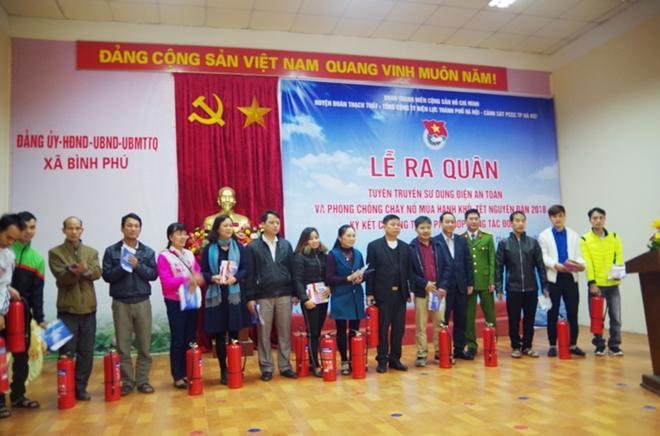 Tuổi trẻ Cảnh sát PCCC TP Hà Nội đẩy mạnh tuyên truyền  phòng, chống cháy nổ dịp Tết Nguyên Đán