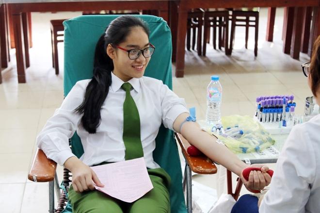 Tuổi trẻ Trường Trung cấp Cảnh sát vũ trang hiến máu tình nguyện - Ảnh minh hoạ 4