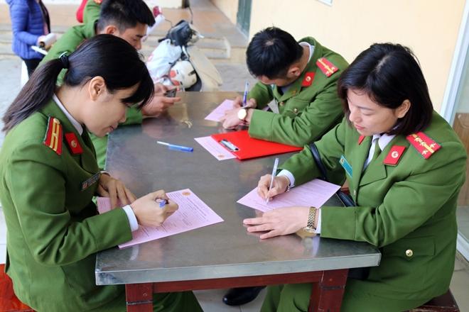 Tuổi trẻ Trường Trung cấp Cảnh sát vũ trang hiến máu tình nguyện - Ảnh minh hoạ 3