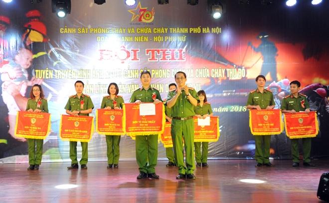 Xây dựng hình ảnh đẹp người Cảnh sát PCCC Thủ đô - Ảnh minh hoạ 4