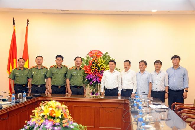 Thứ trưởng Nguyễn Văn Thành chúc mừng cơ quan thông tấn báo chí Trung ương - Ảnh minh hoạ 5