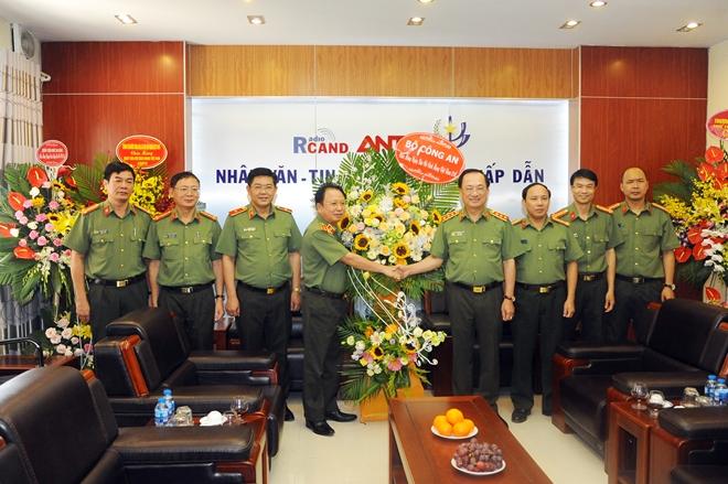 Thứ trưởng Nguyễn Văn Thành chúc mừng cơ quan thông tấn báo chí Trung ương - Ảnh minh hoạ 4