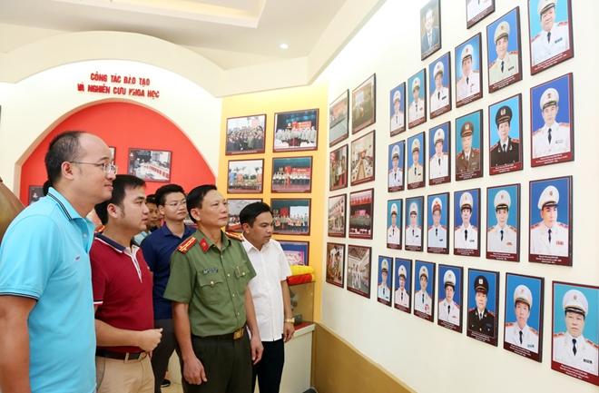 Nhiều hoạt động ý nghĩa của CLB Cựu cán bộ Đoàn Tổng cục III  tại Sóc Sơn - Ảnh minh hoạ 4