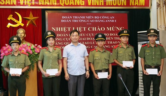 Nhiều hoạt động ý nghĩa của CLB Cựu cán bộ Đoàn Tổng cục III  tại Sóc Sơn - Ảnh minh hoạ 2
