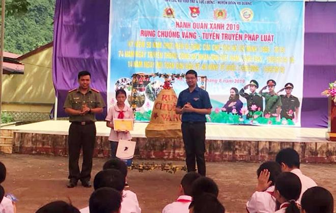 Tuổi trẻ Công an Cao Bằng kỷ niệm Ngày Truyền thống với nhiều hoạt động ý nghĩa - Ảnh minh hoạ 3