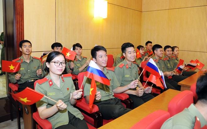 Vun đắp tình hữu nghị, hợp tác giữa Việt Nam và Liên bang Nga - Ảnh minh hoạ 6