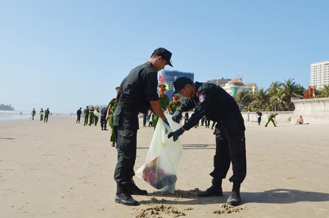 """Ra quân chiến dịch """"Hãy làm sạch biển - nói không với rác thải nhựa"""" - Ảnh minh hoạ 7"""