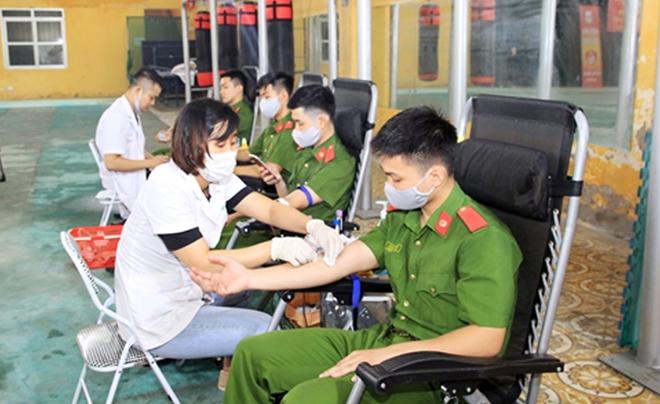Tuổi trẻ Đại học PCCC hiến máu tình nguyện - Ảnh minh hoạ 4