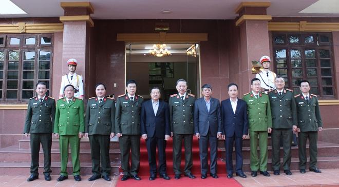 Bộ trưởng Tô Lâm thăm và làm việc tại Công an tỉnh Cao Bằng - Ảnh minh hoạ 5