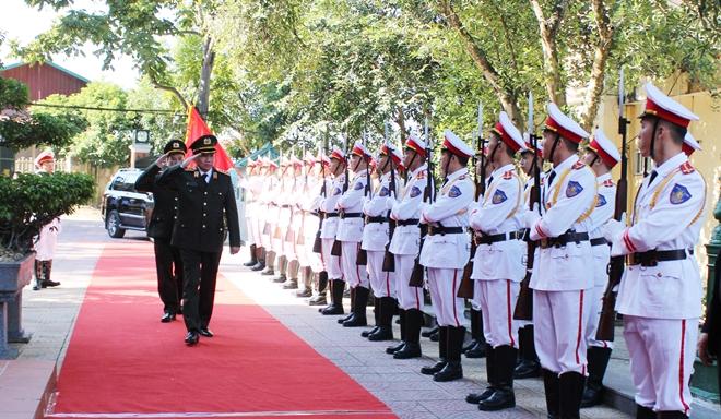 Bộ trưởng Tô Lâm thăm và làm việc tại Công an tỉnh Cao Bằng