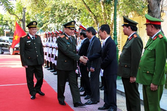 Bộ trưởng Tô Lâm thăm và làm việc tại Công an tỉnh Cao Bằng - Ảnh minh hoạ 2