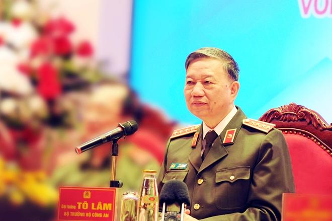 Bộ trưởng Tô Lâm chúc mừng cán bộ, đoàn viên thanh niên lực lượng CAND
