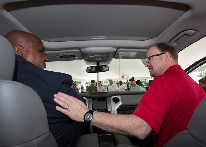 Toyota tặng khách hàng xe đời mới nhất do...đi nhiều 4