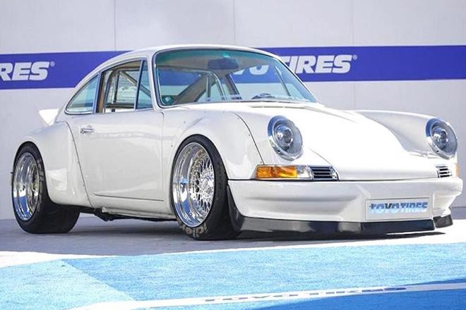 Độc đáo Porsche 911 cổ độ động cơ Tesla thành xe điện - Hình 1
