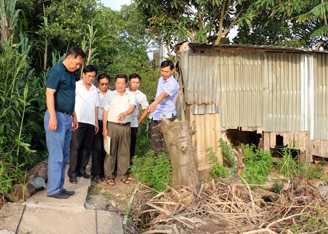 Liên tiếp sạt lở bờ sông, nhiều hộ dân ở An Giang phải di dời